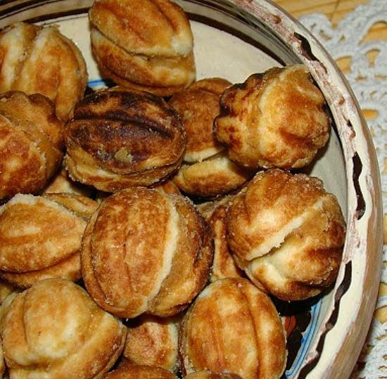 Walnut-cookies.jpg