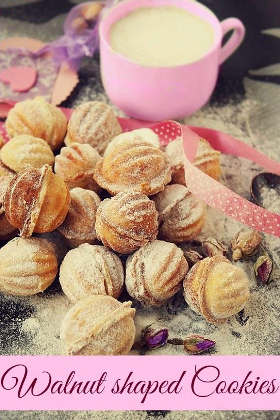 Recipe – Walnut shaped cookies filled with walnut cream