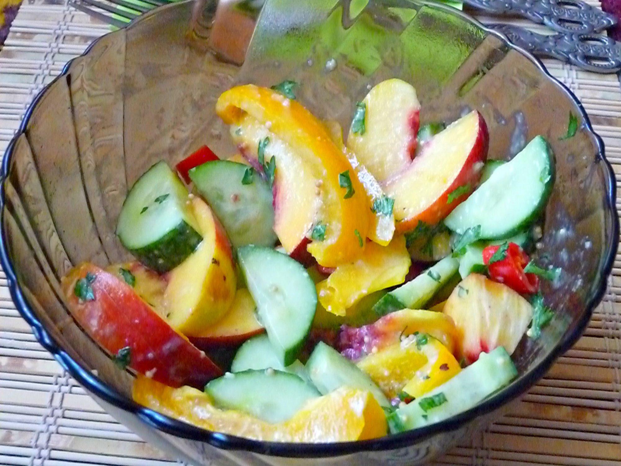 Nectarine cucumber salad 2