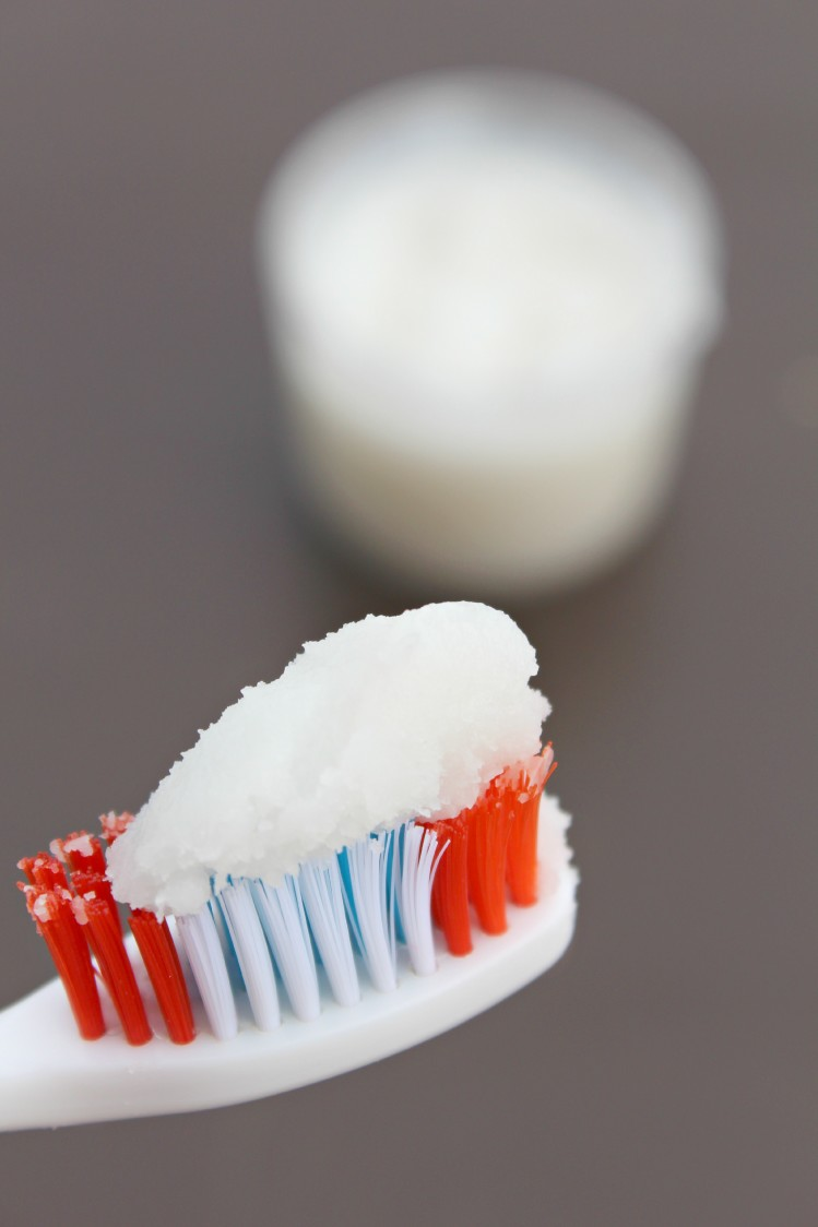 Homemade toothpaste 1