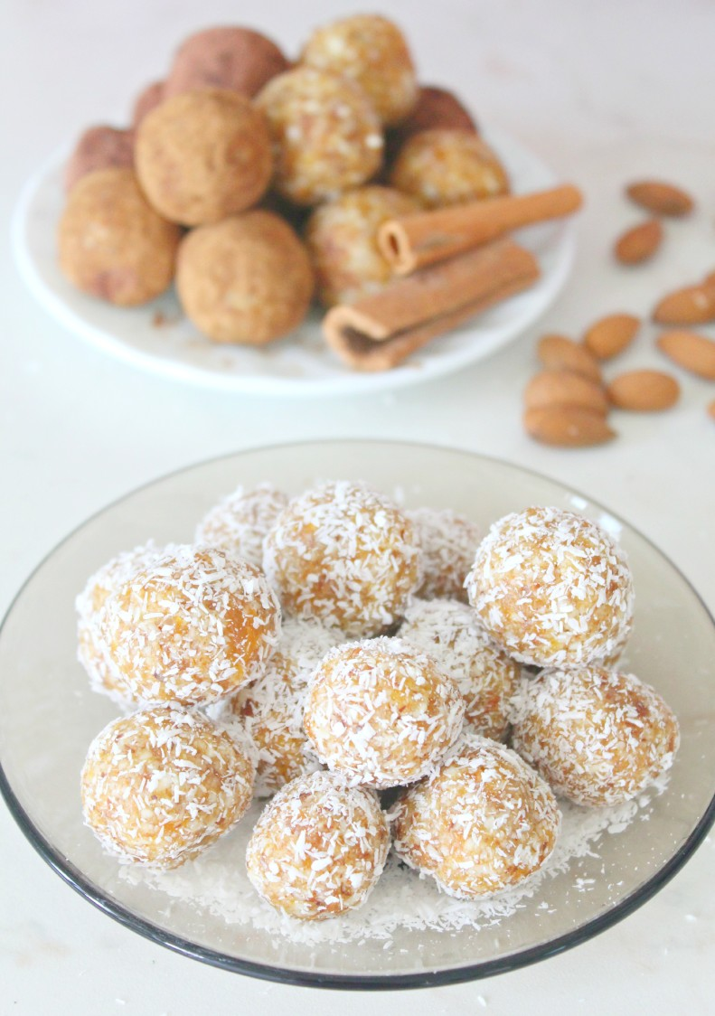 Almond apricot energy balls