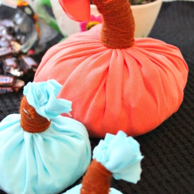DIY Fabric pumpkins from old t-shirts