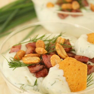 Blue cheese and bacon dip party appetizer