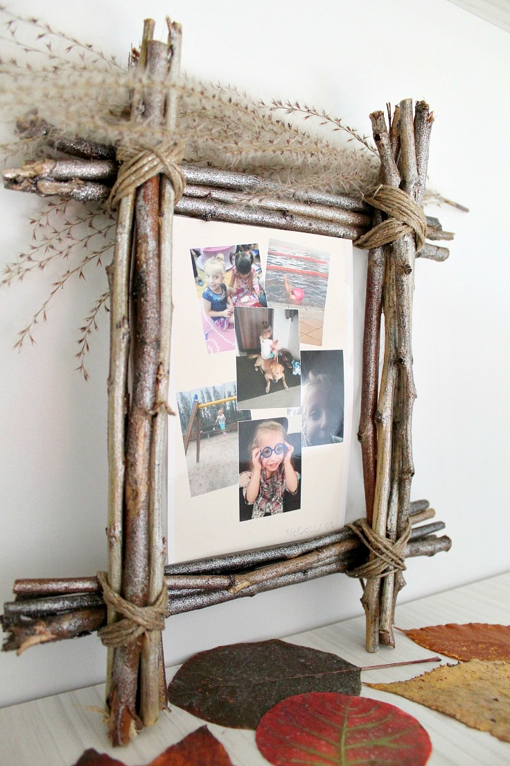 Twig frame craft for unique rustic home decor inspiration easy photo frame jeuxipadfo Choice Image