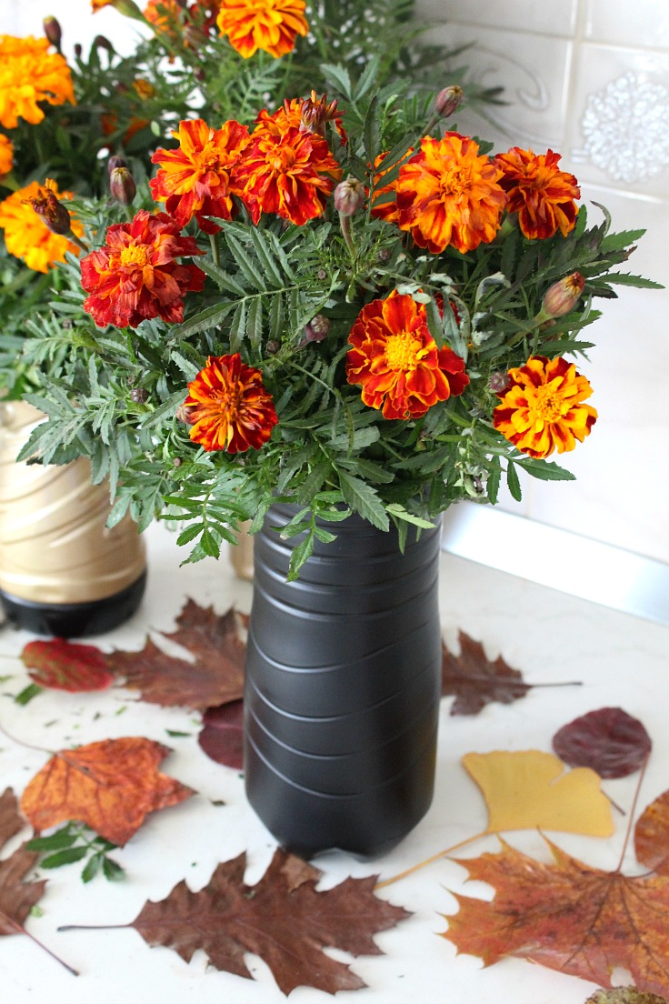 Diy flower vase made with recycled plastic bottle diy flower vase reviewsmspy