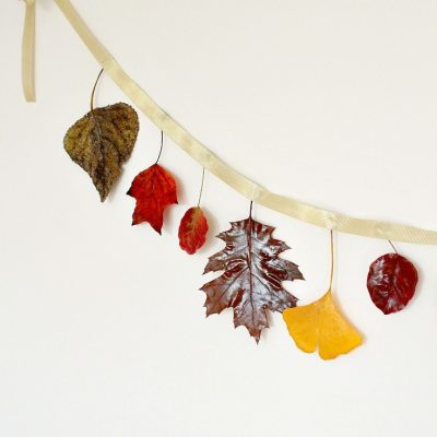 DIY Autumn leaves garland