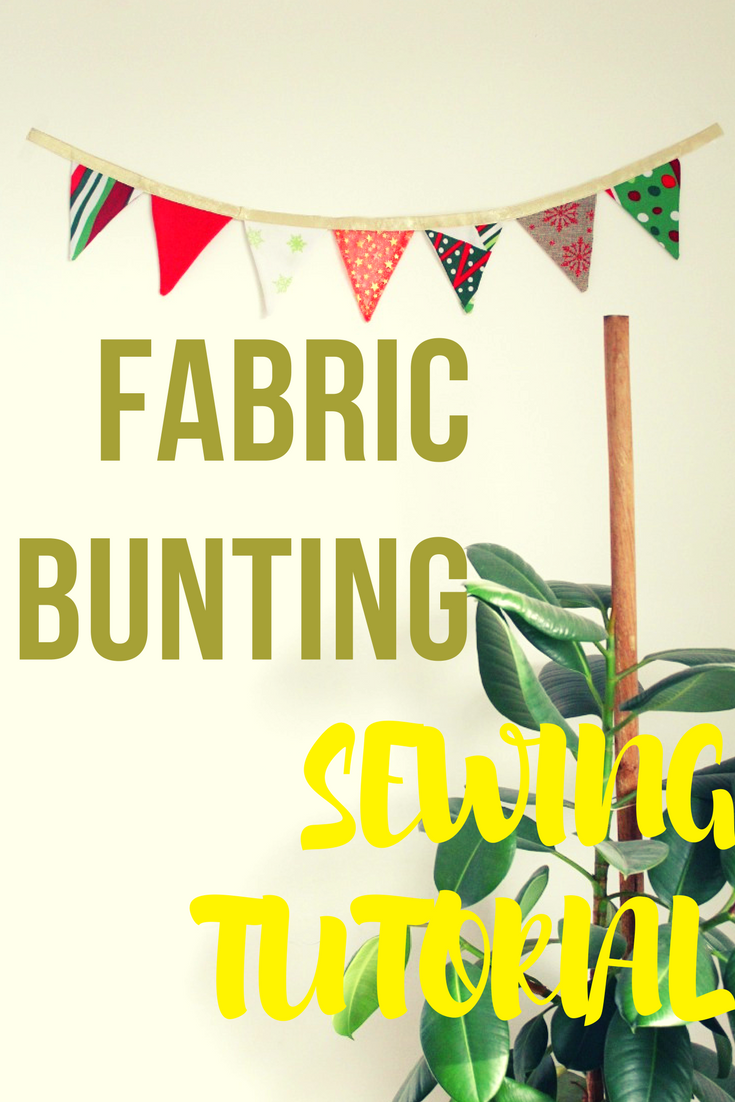 With endless color choices, Christmas fabric buntings are an excellent way to add color and texture to a room, the easy and quick way. Here's how to make a DIY fabric bunting.