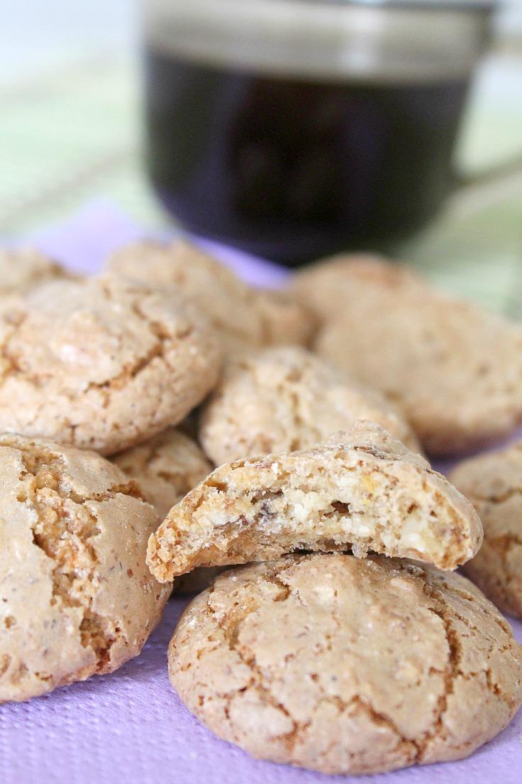 Easy Almond macaroons recipe