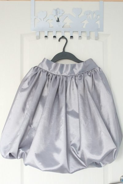 Women's bubble skirt sewing tutorial
