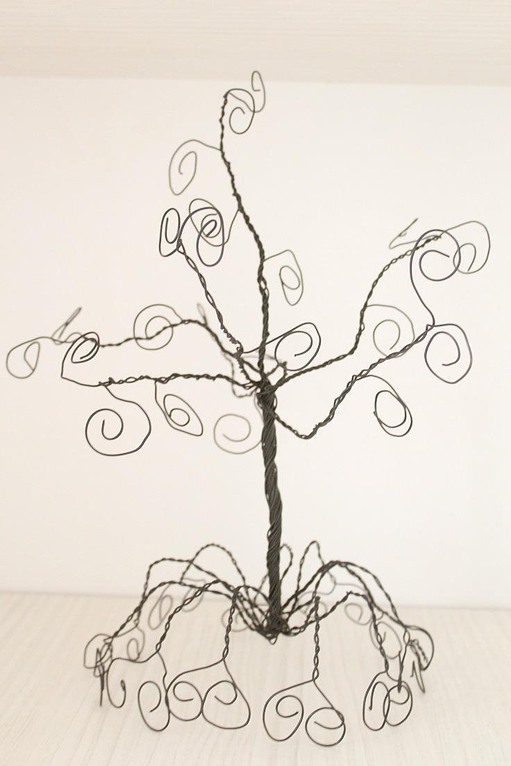DIY jewelry holder tree