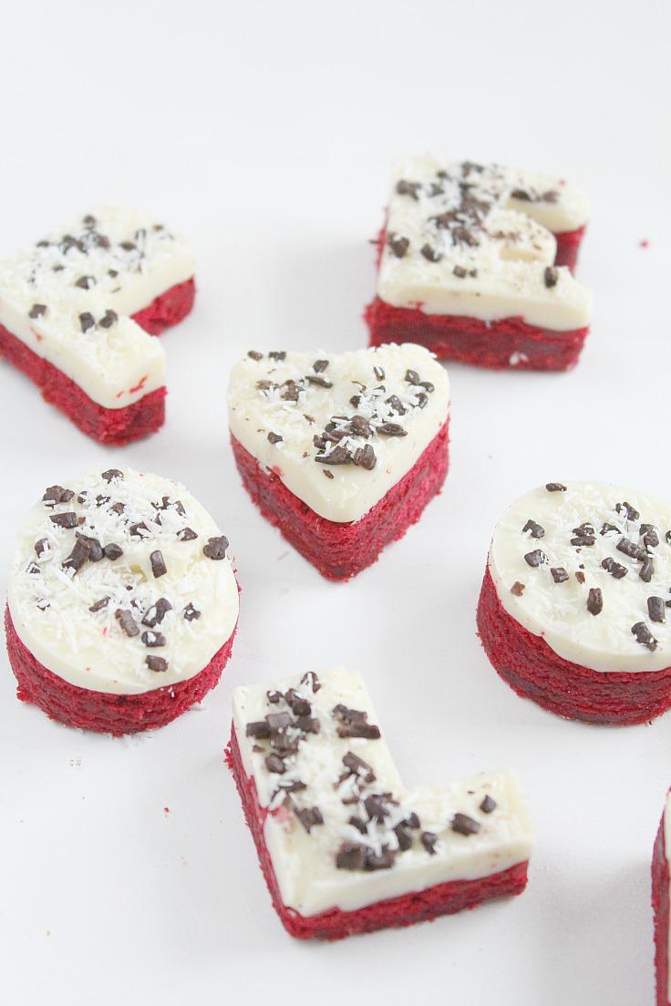 Red Velvet love cakes