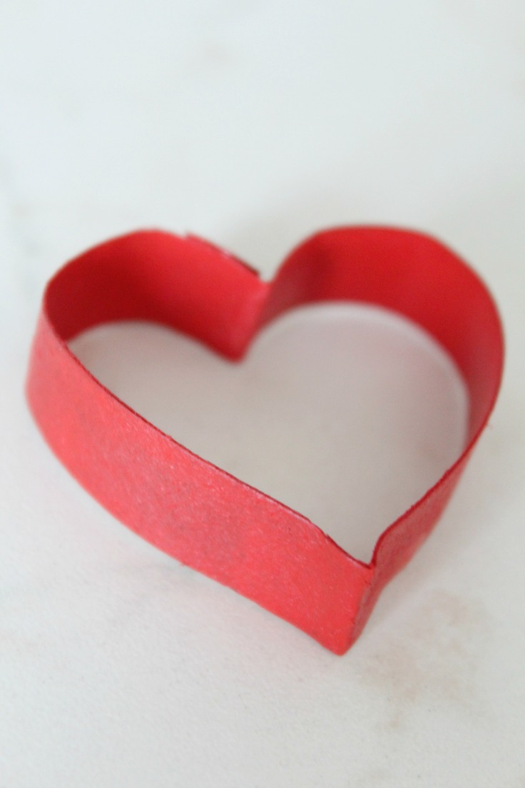 Valentine S Day Wall Decorations With Recycled Paper Rolls