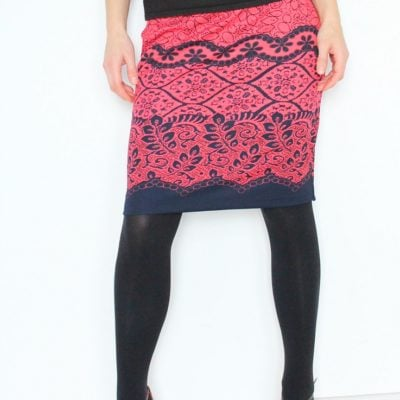 This easy and quick pencil skirt pattern is the perfect fit