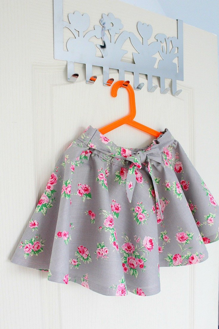 Circle skirt tutorial with elastic waist without a pattern how to make a circle skirt without a pattern circle skirt jeuxipadfo Image collections