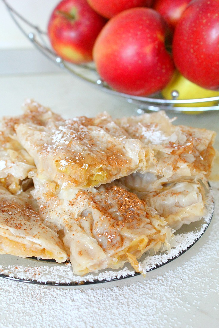Apple pie with filo pastry