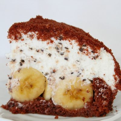 Dome Cake Recipe With Banana and Whipped Cream