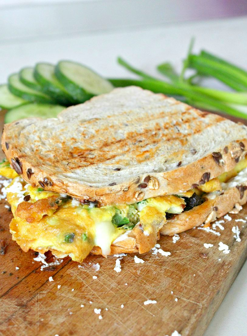 Omelette Sandwich With Sun Dried Tomatoes, 3 Cheeses ...