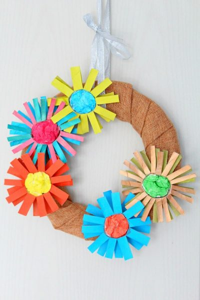 Paper tube flower wreath tutorial