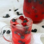 Raspberry lemonade with blueberries