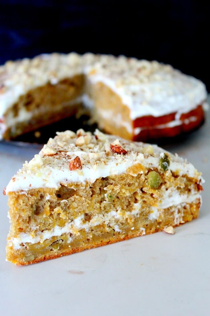 Pumpkin cake with lemon cheese frosting