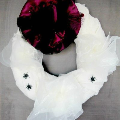 DIY Scarf Halloween wreath