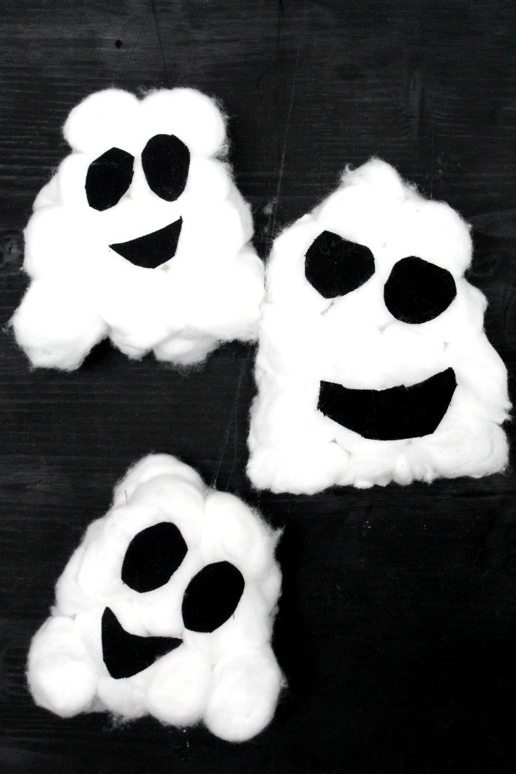 Easy Halloween Ghosts