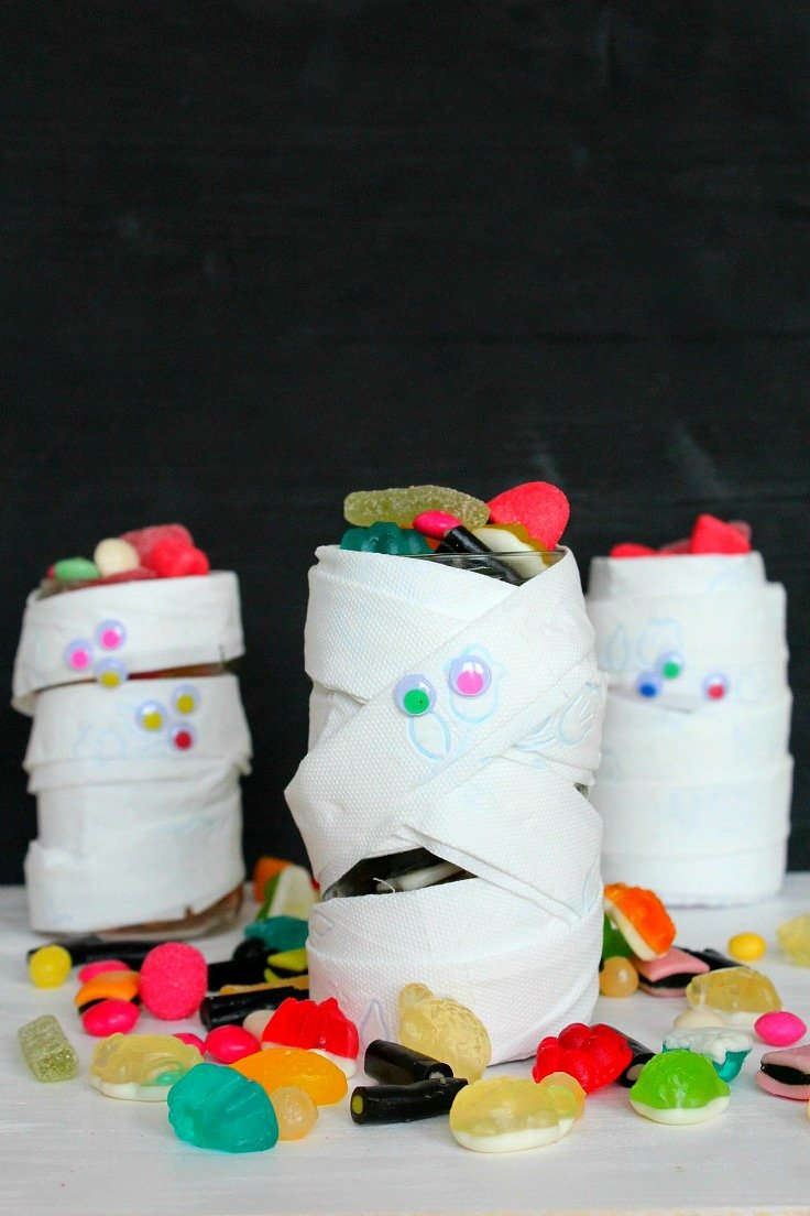 DIY Halloween Treat Jar