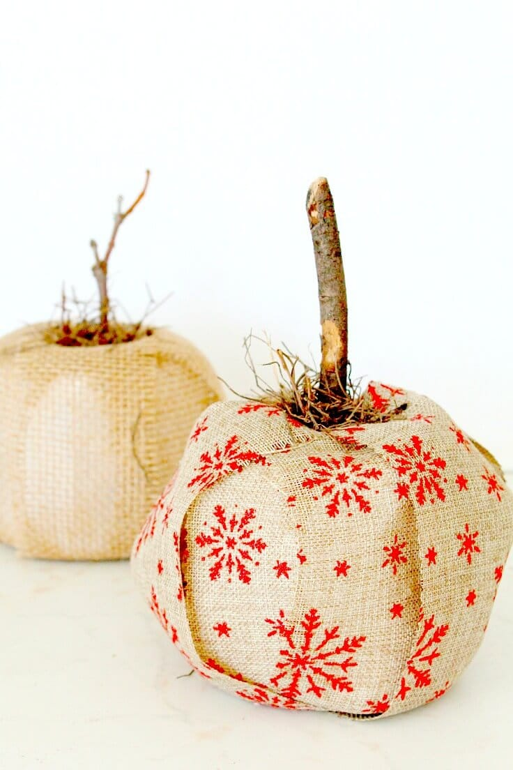Burlap and toilet paper pumpkin tutorial