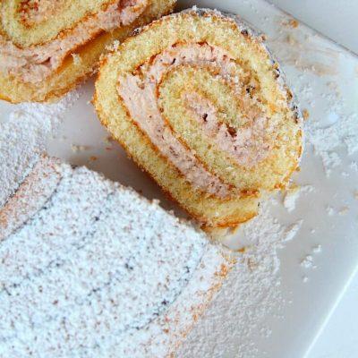 Strawberry and Cream Swiss Roll Recipe