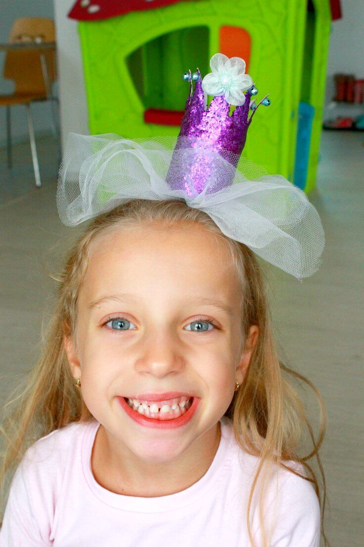 Purple Princess Crown from toilet paper rolls, glitter and tulle