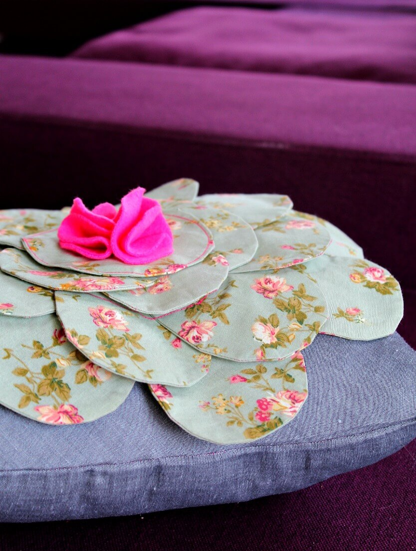 Flower Pillow Sewing pattern