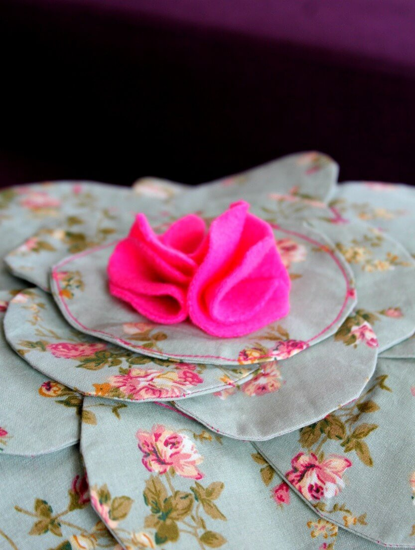 Flower Pillow Tutorial