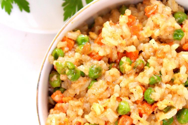 Easy Egg Fried Rice With Vegetables