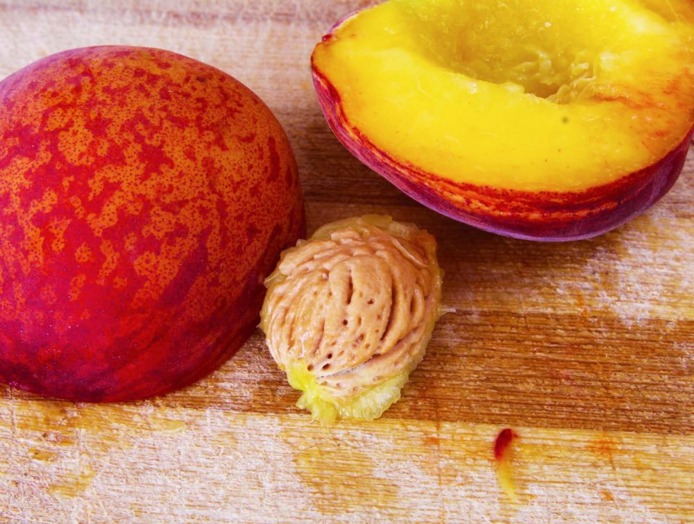 how to pit a peach easily