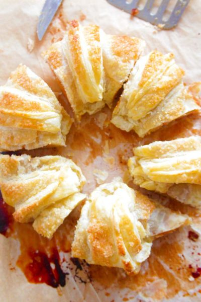 Incredibly Delicious Apple Puff Pastry Ring