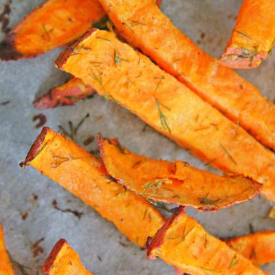 Healthy Baked Garlic Sweet Potato Fries