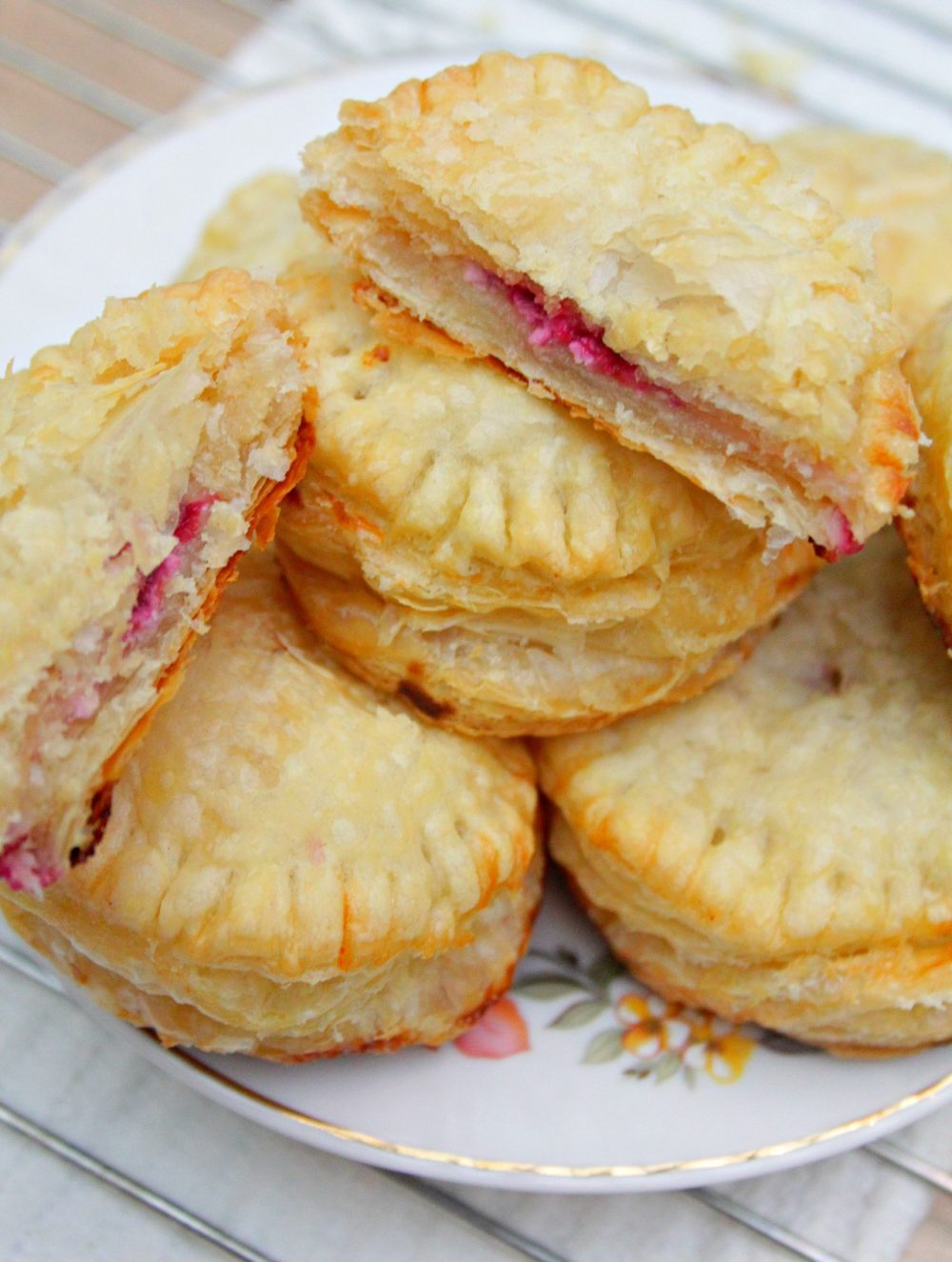 individual raspberry cheese pies