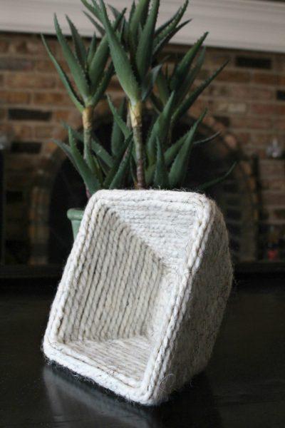 DIY Yarn Bowl Made With Cardboard