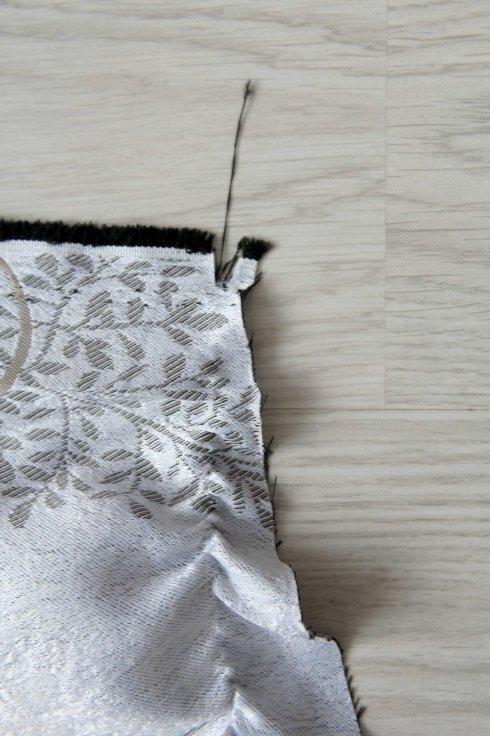 Easy method that shows you how to square up fabric