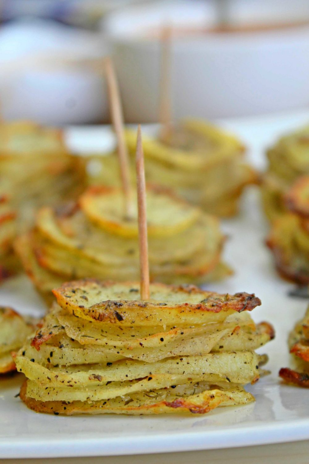 sliced potatoes with cheese
