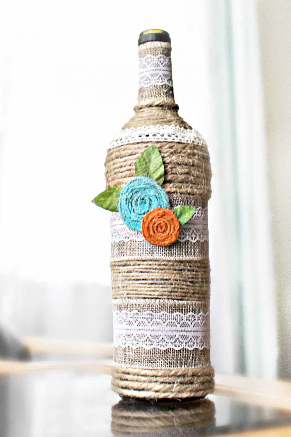 how to decorate glass bottles