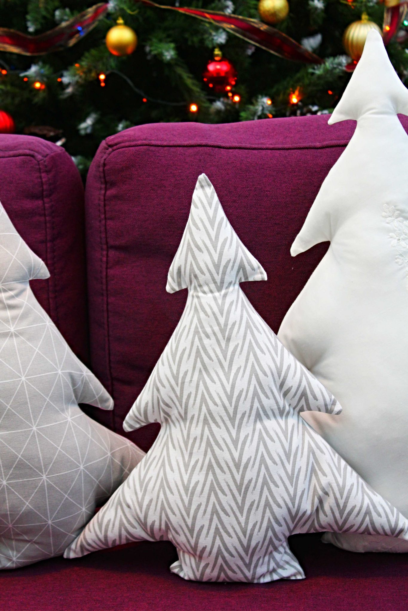Christmas tree pillow pattern