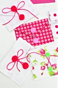Fabric envelope pouches