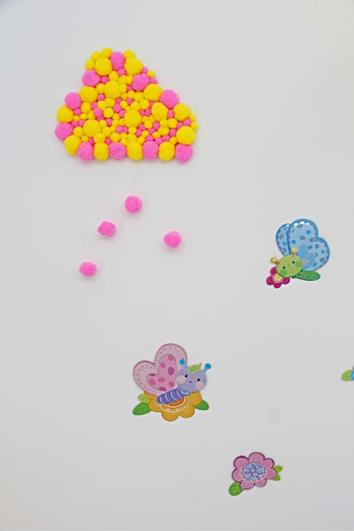 Pom pom cloud wall decorations