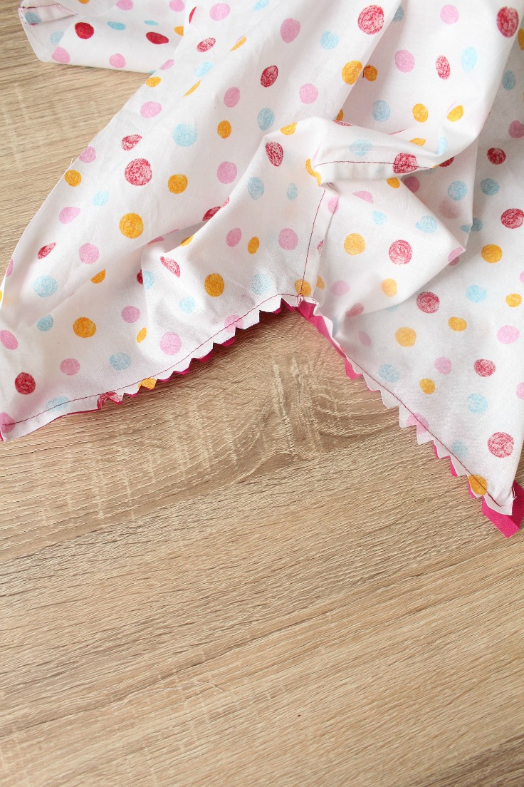 Sewing bias binding