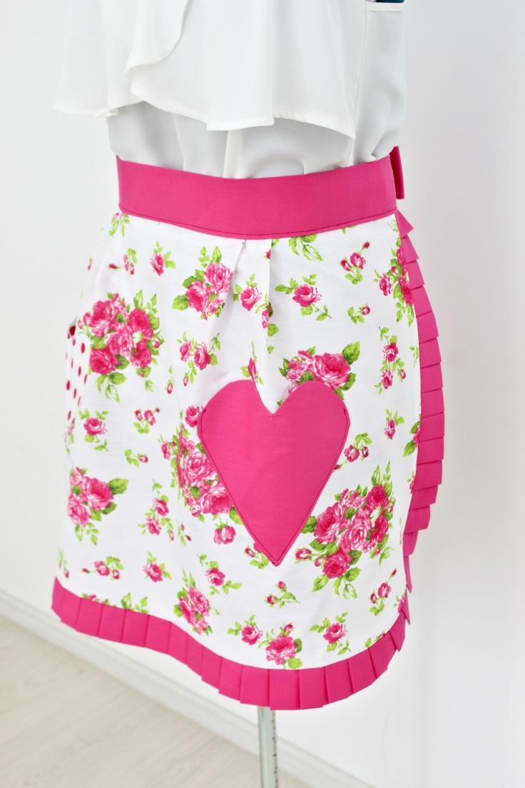 Valentine apron