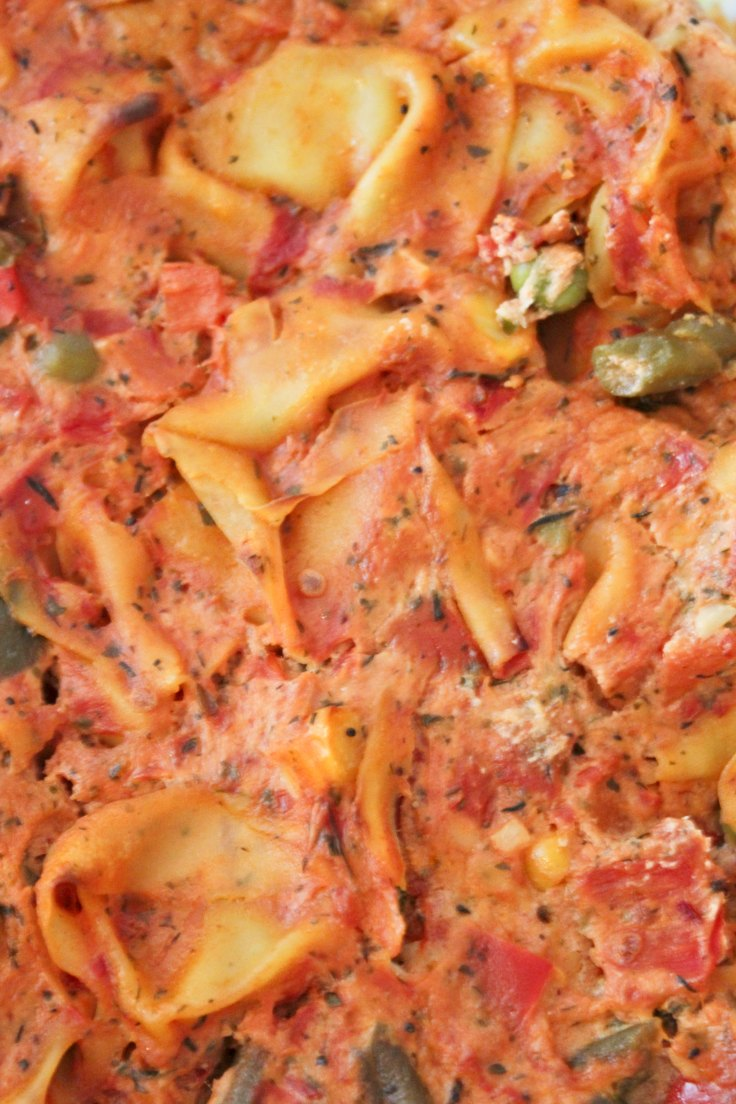 Vegetable tortellini bake