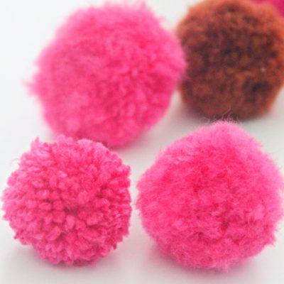 DIY fluffy pom poms