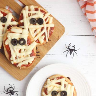 Mini mummy pizzas for Halloween