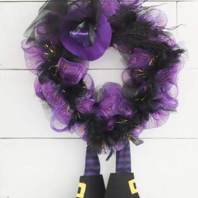Halloween witch wreath DIY